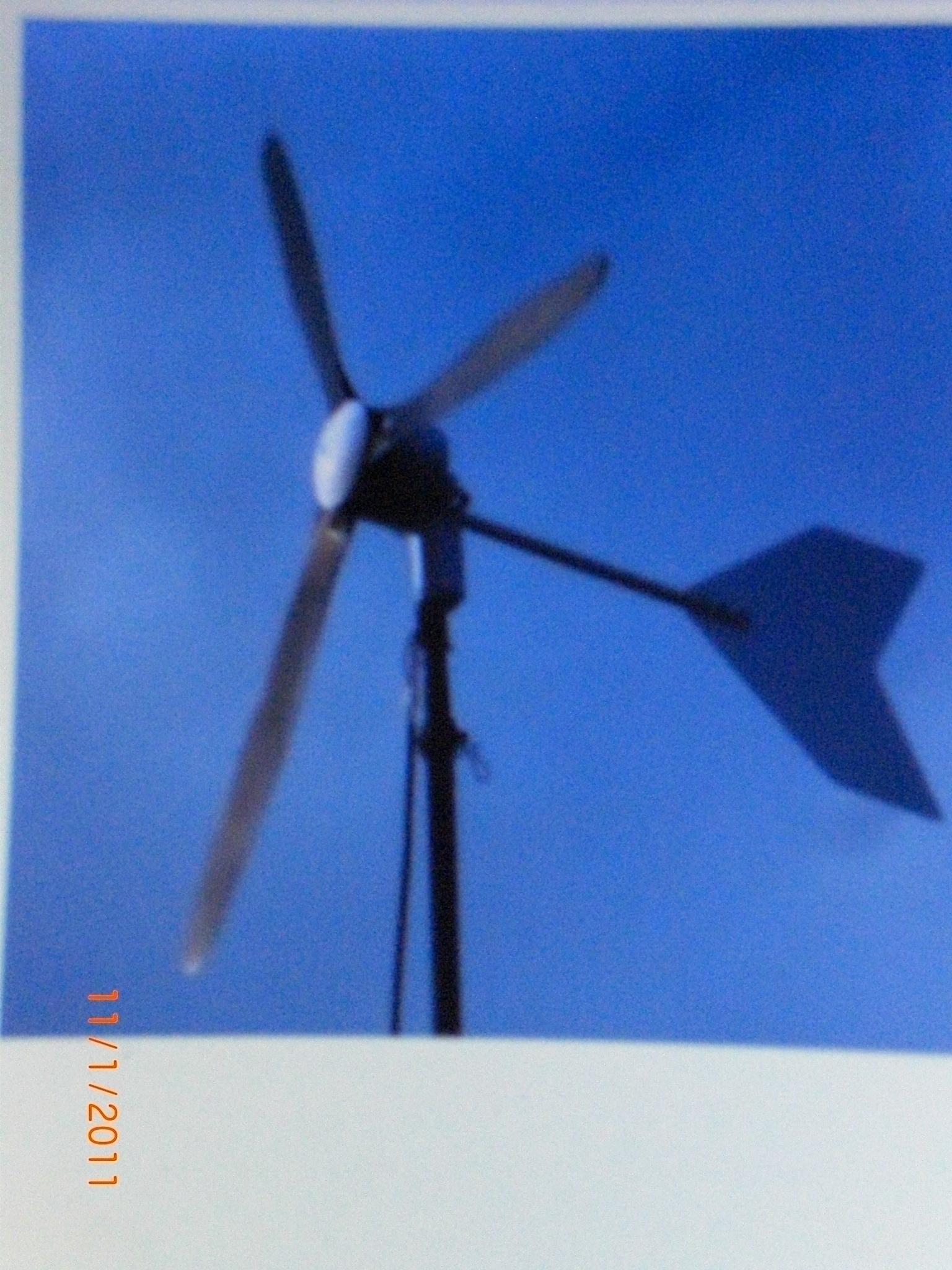 La petite eolienne je commerciale de la petite eolienne for Mini eolienne pour particulier