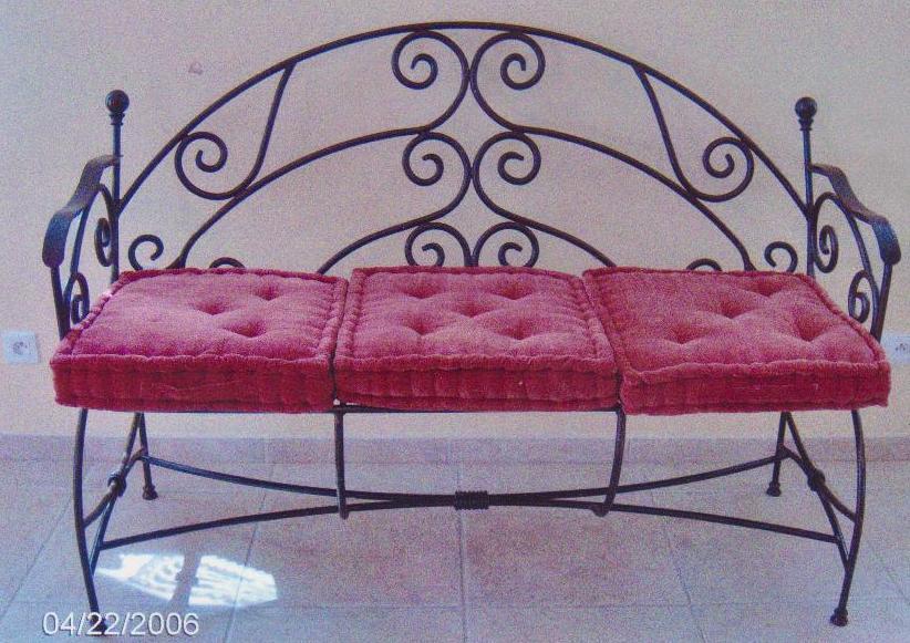 ferronnerie d 39 art fabrication et pose d 39 l ments de ferronnerie tels que escalier escalier en. Black Bedroom Furniture Sets. Home Design Ideas