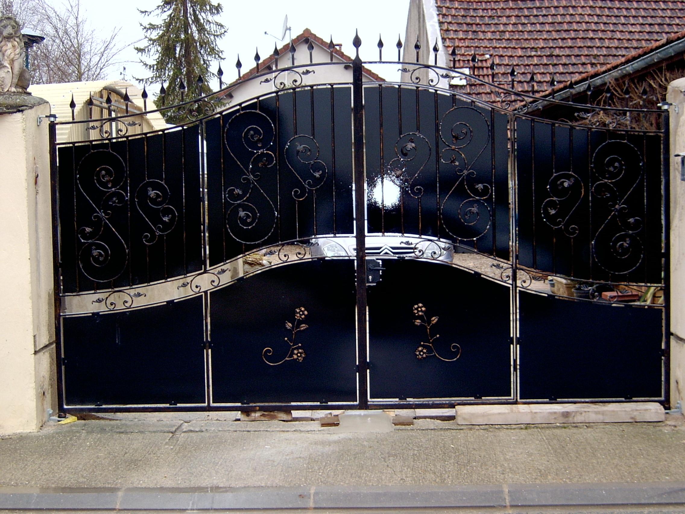 m tallerie et ferronnerie d 39 art menuiserie m tallique portails rampes garde corps grilles. Black Bedroom Furniture Sets. Home Design Ideas